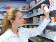 Скільки заробляють українські фармацевти
